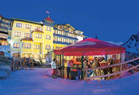 Weltcupschirm im Skigebiet Obertauern